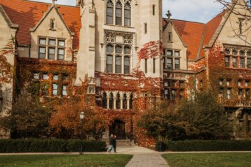 Photo of a building at the University of Chicago by Alisa Anton on Unsplash
